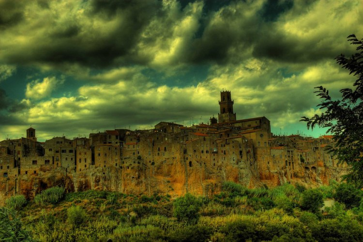 Photograph of Pitigliano - Image Credit: bruno_tardioli